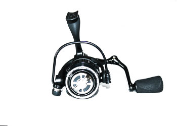 Fishing reel for spin